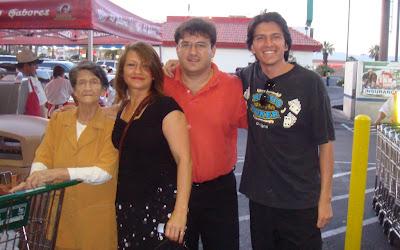 Magola Acosta, Monica Astrauskas, Andrew Astrauskas, Ricardo Astrauskas