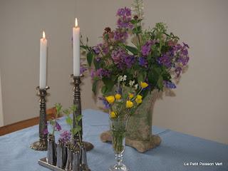 Wat lentebloemen voor de table d'hote....