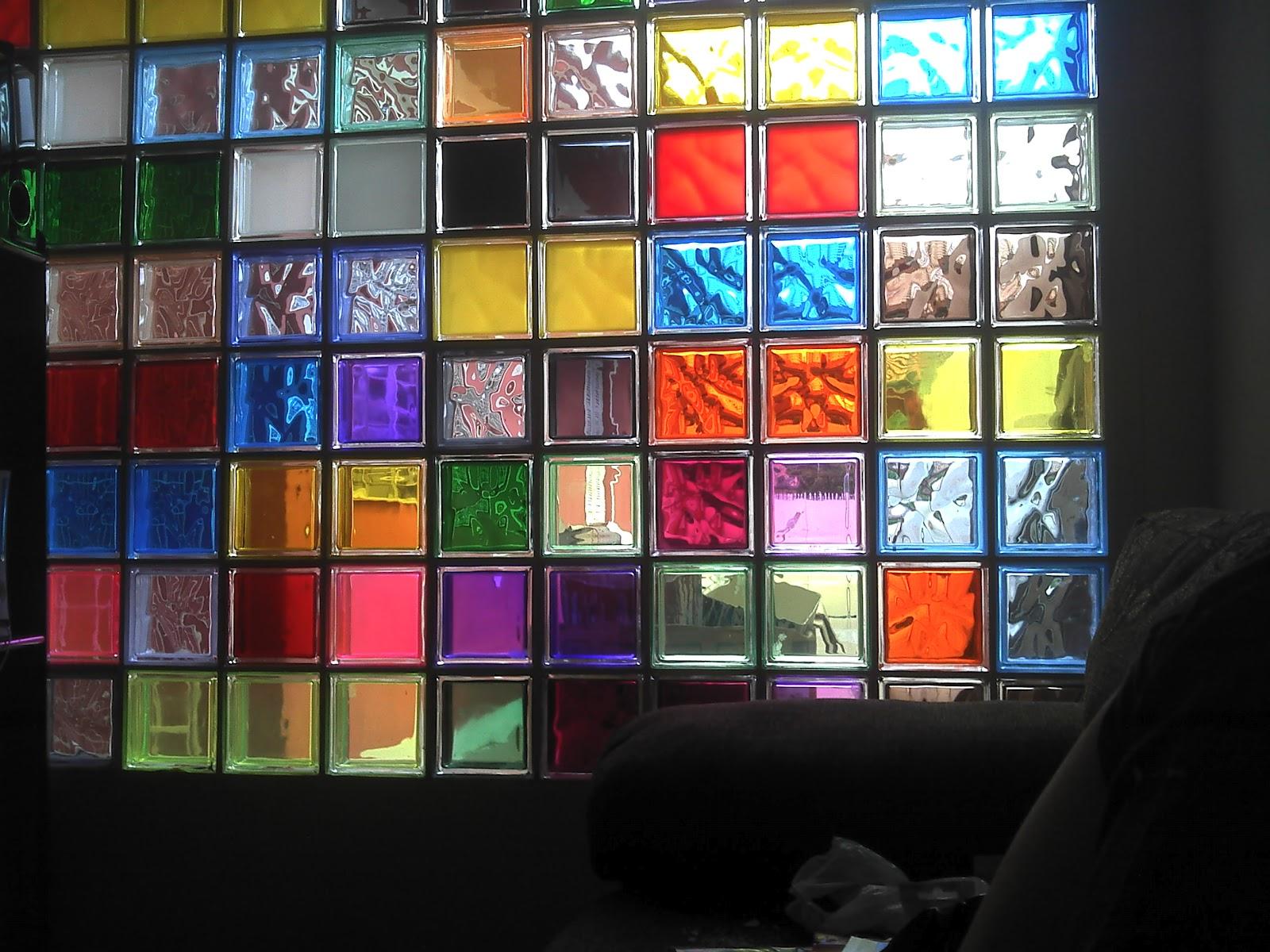 Margem Projetos: Blocos de Vidro Colorido. #B52516 1600 1200