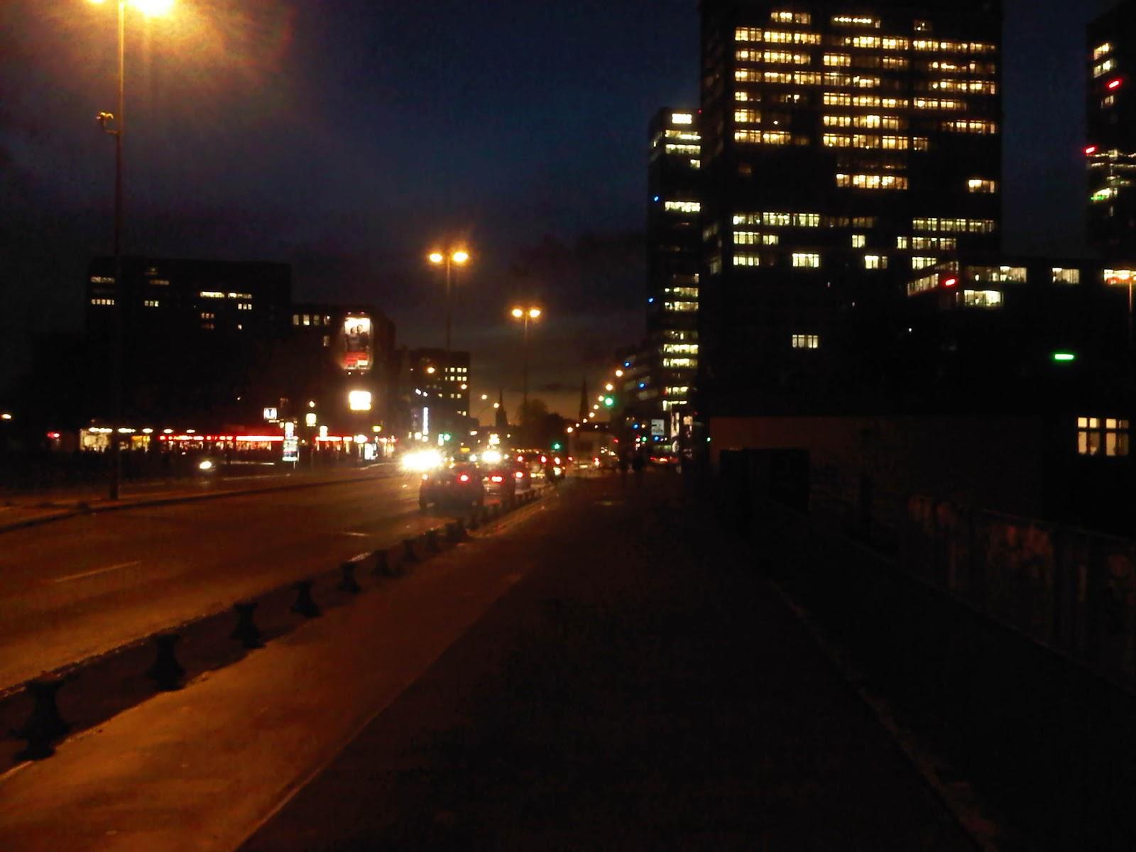 IBM-Türme bei Nacht - Berliner Tor - Hamburg