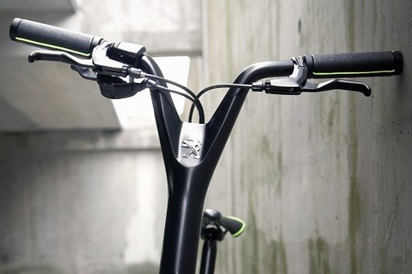 Peugeot DL 122 compact urban bicycle