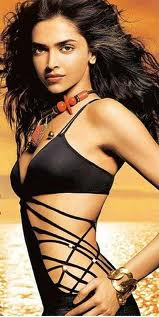 Deepika Padukone in Bikini-Swimsuit hot 3