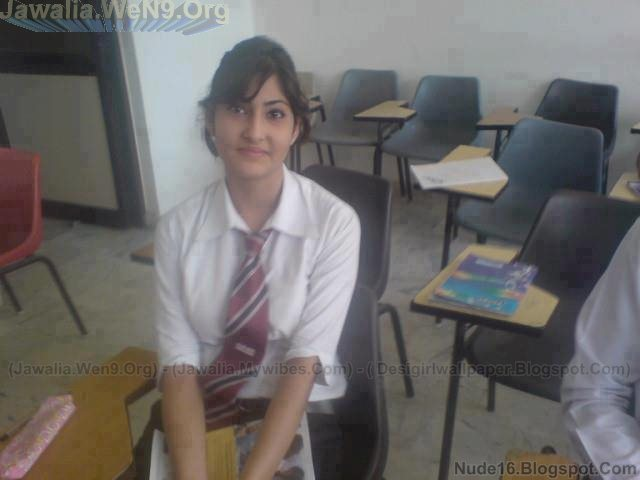 ... BEAUTIFUL DESI GIRLS PICTURE AND VIDEOS: VERY SWEET DESI YOUNG GIRLS