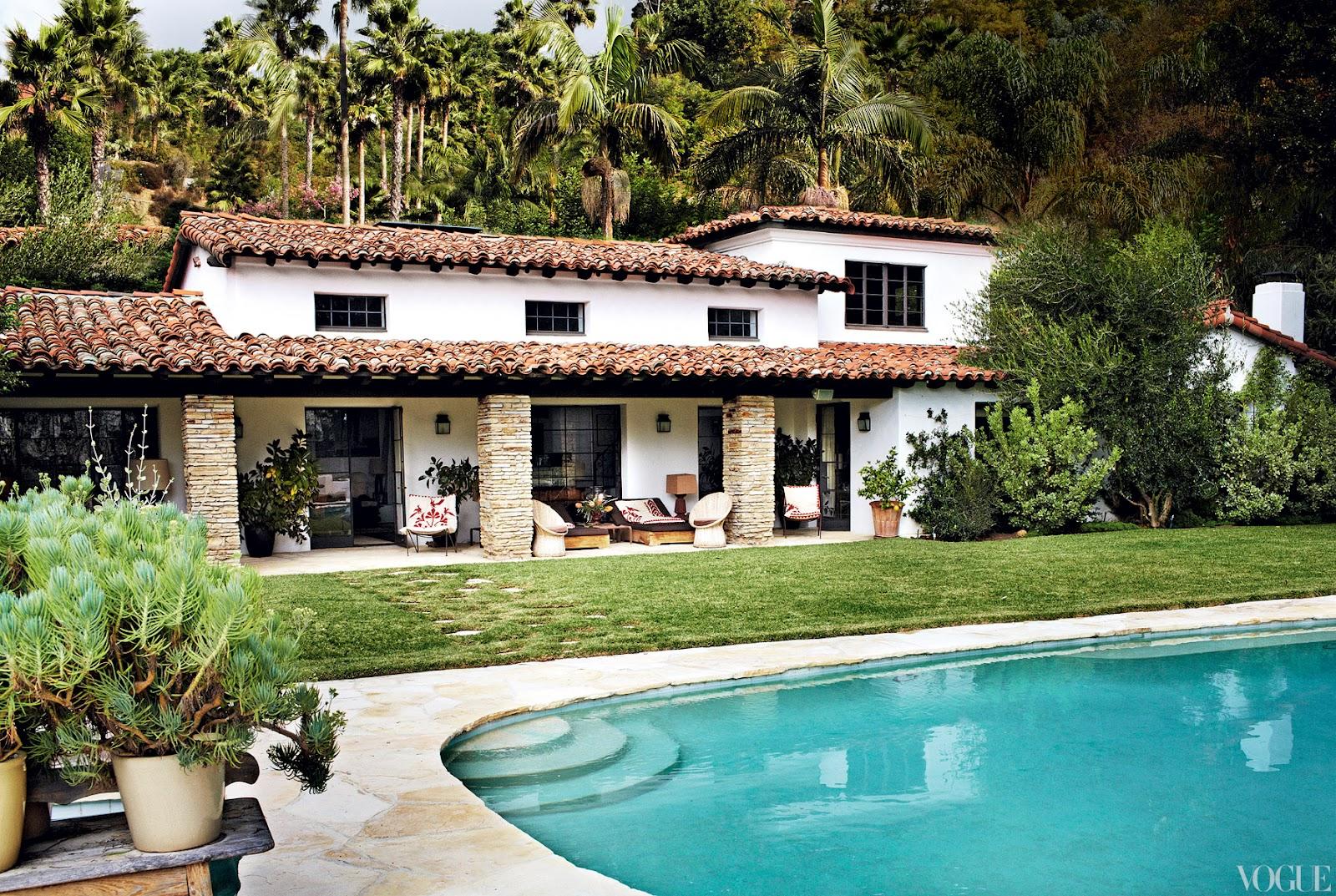 Hacienda homes 2015 home design ideas for Spanish hacienda style
