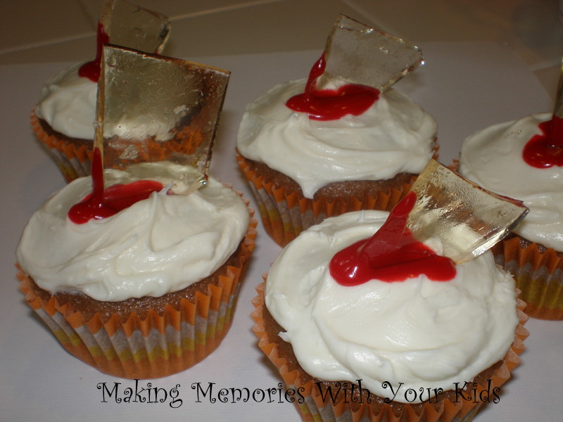 gory cupcakes for halloween - Gory Halloween Food Ideas