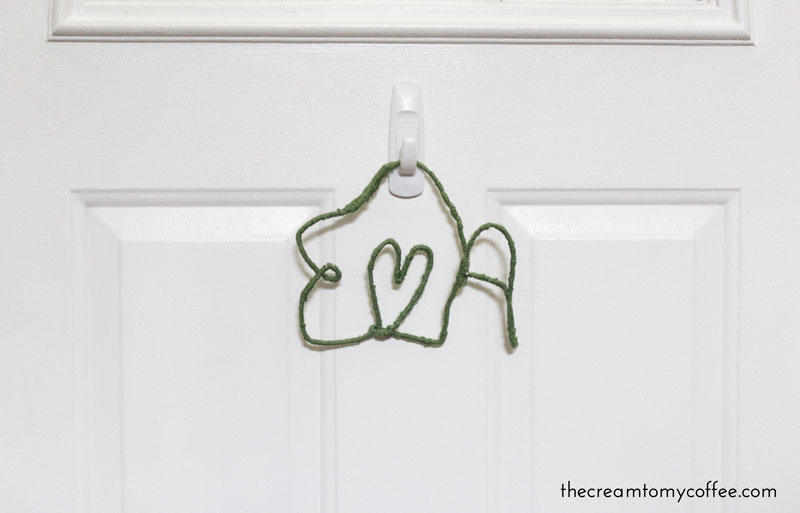 Hanging Wire Letters DIY | The Cream to My Coffee