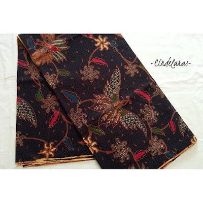 Kain-Batik-Cap-Cabut-Colet-Motif-Kupu