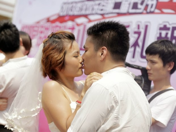 If you look to rent a boyfriend, 301 listings pop up and rates vary from 300 yuan a day to 8.80 yuan, though that gentleman hasn't said if it's an hourly rate.