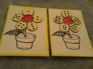 Jogo das flores completo com as peças em relevo  para trabalhar número e quantidade