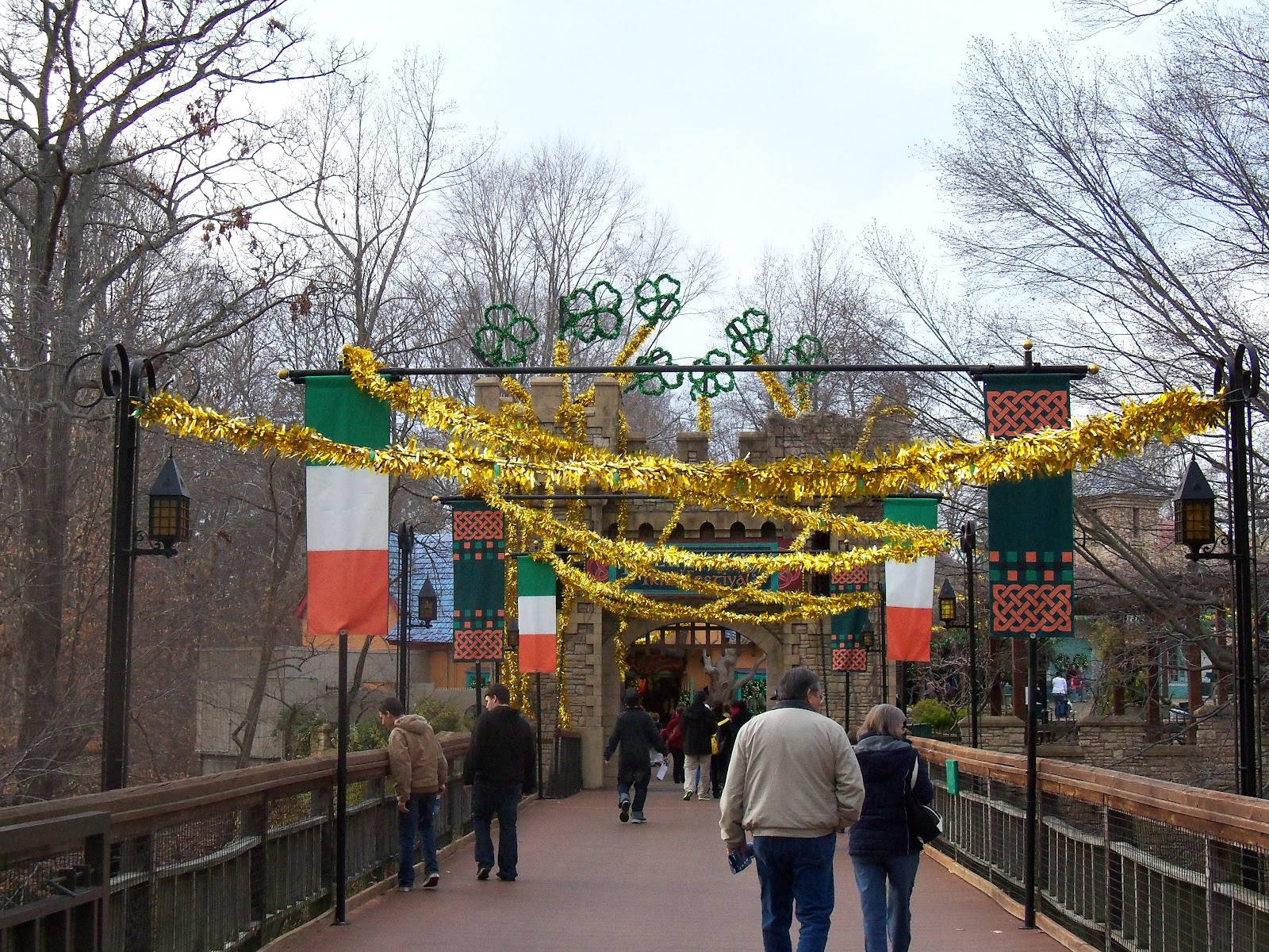Chic Crafty Chick: Christmas Town Busch Gardens in Williamsburg Virginia