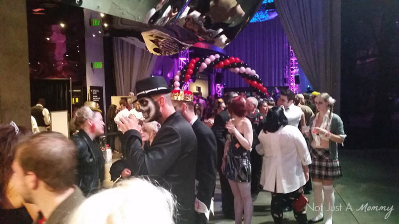 90's Fashionably Undead Prom At Seattle's EMP; party crowd