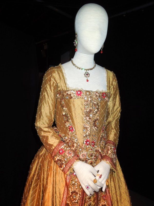 Doctor Who Queen Elizabeth I costume