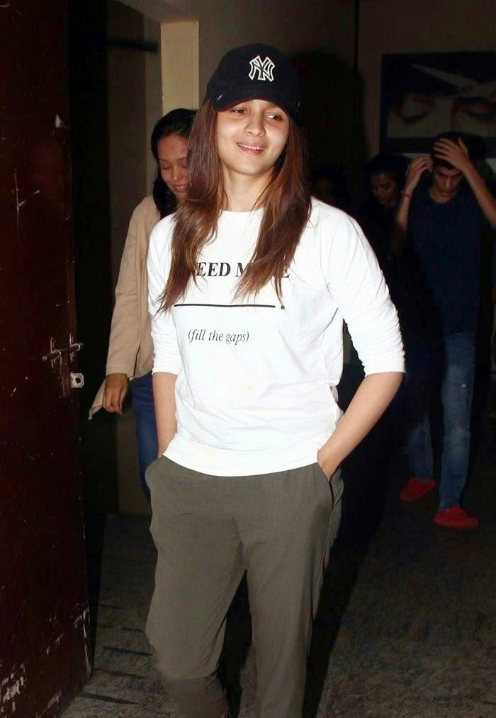 Alia Bhatt : Alia Bhatt Without Make-Up Unseen rare Pics