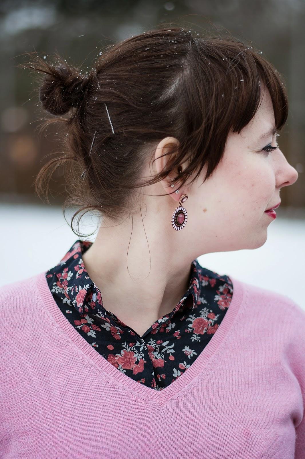 Blumenprint in rosa und blau