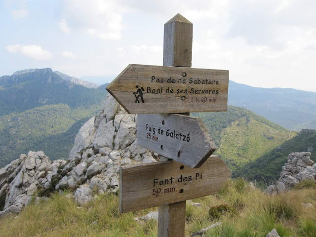 Cruce Na Sabatera-Font des Pi