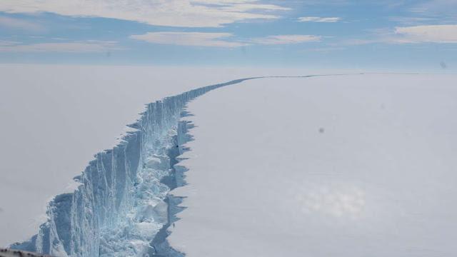 Η διάσπαση ενός κολοσσιαίου πάγου ανέδειξε ένα αρχαίο και μυστηριώδες οικοσύστημα