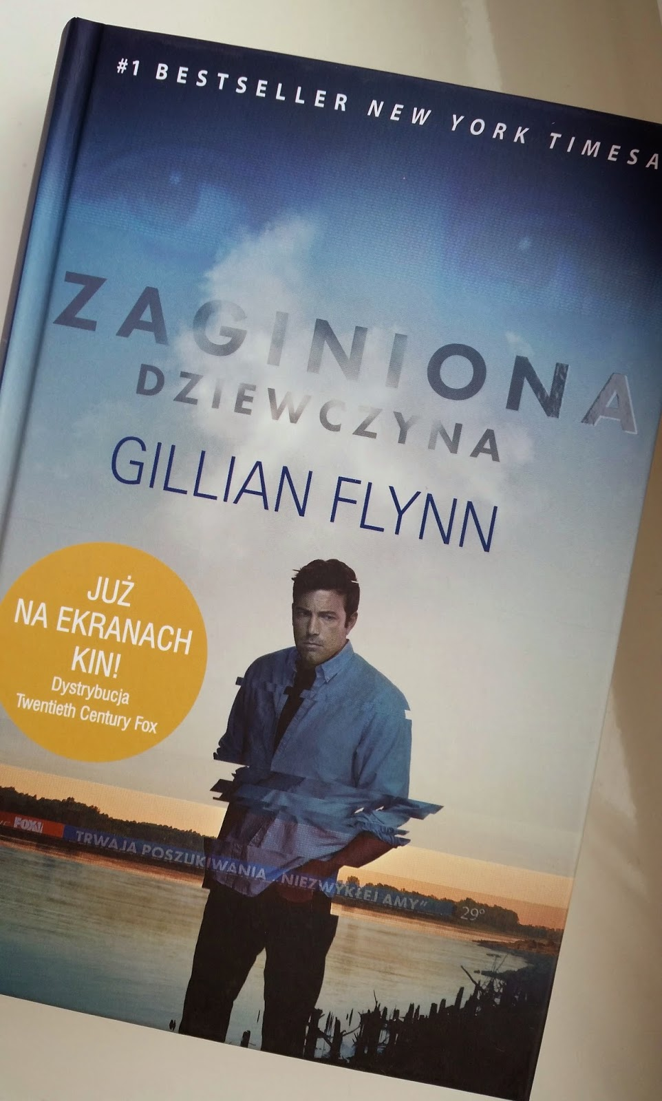 książka, Zaginiona dziewczyna