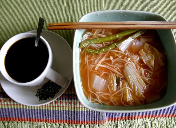 喜欢周末。泡菜早餐