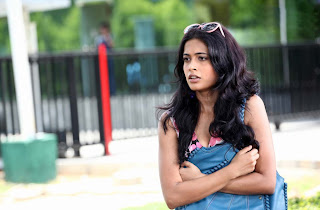 Sara Jane Dias sizzles in her movie Khiladi Must see cute Babe Sara Jane