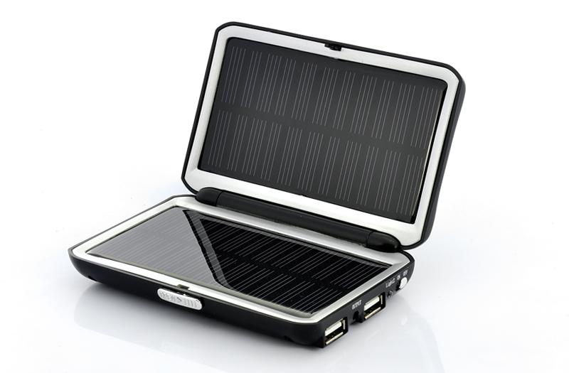 Pannello Solare Per Ricaricare Auto Elettrica : Carica batteria solare universale usb capacità mah
