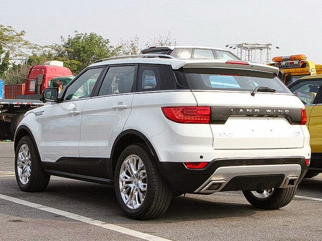 see the china made range rover called land wind x7 celebrities nigeria. Black Bedroom Furniture Sets. Home Design Ideas