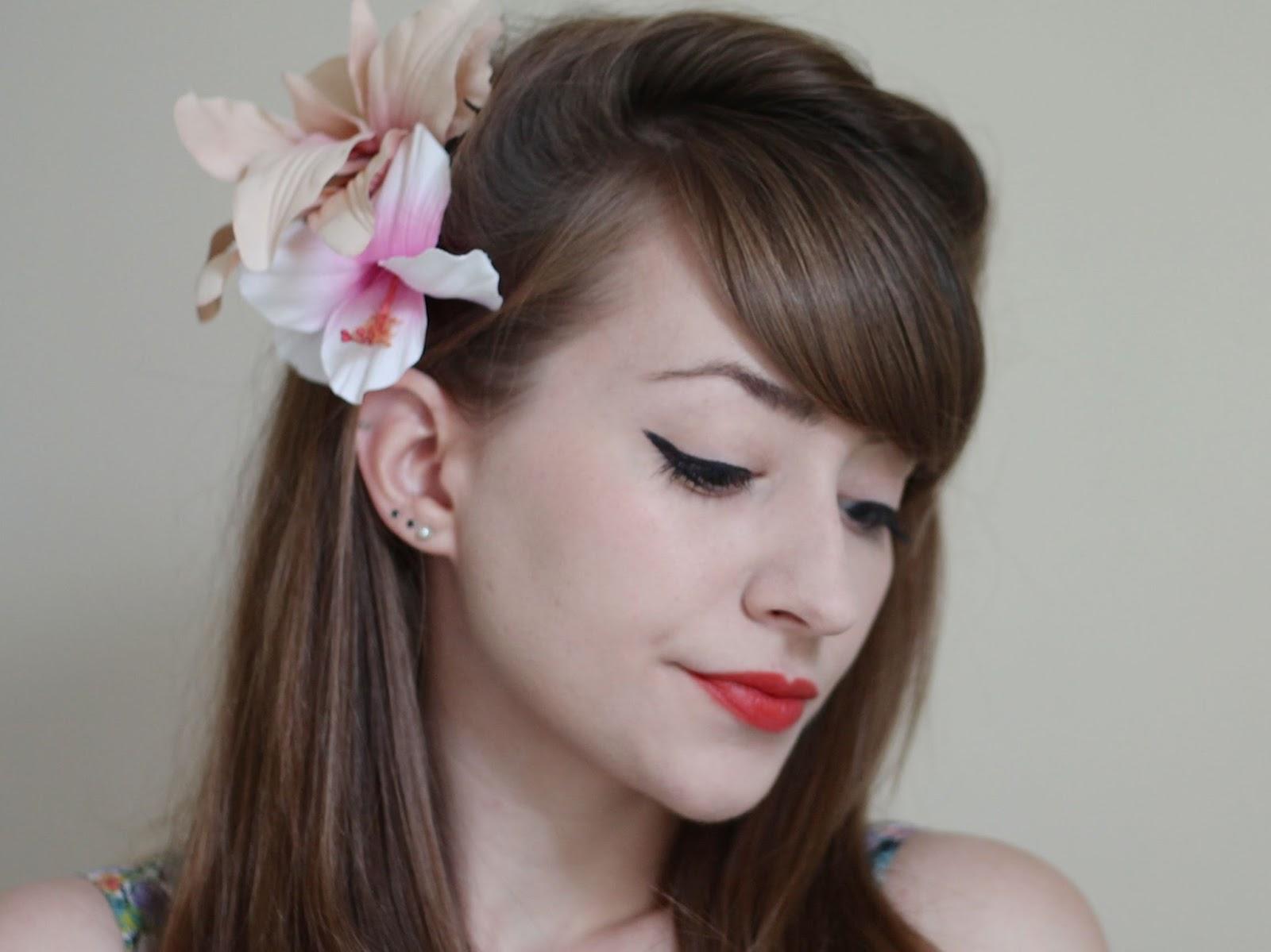 Revlon Kiss me Coral Lipstick