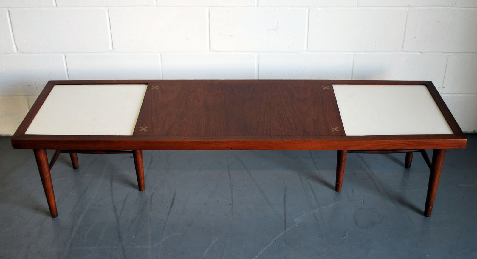 Junk2funk mid century modern coffee table Mid century coffee tables
