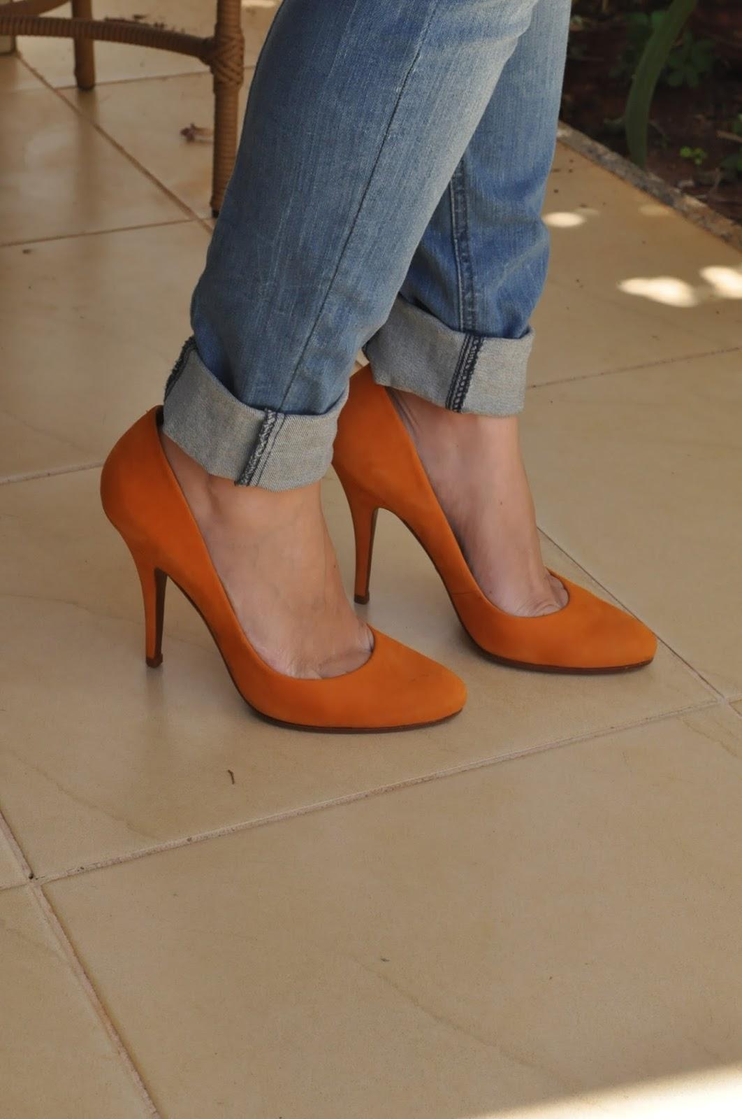 scarpin laranja