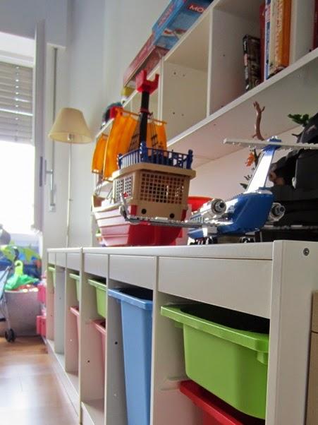 ikea lampadario bambini : La stanza degli armadi: DIY a casa: farfalle in volo