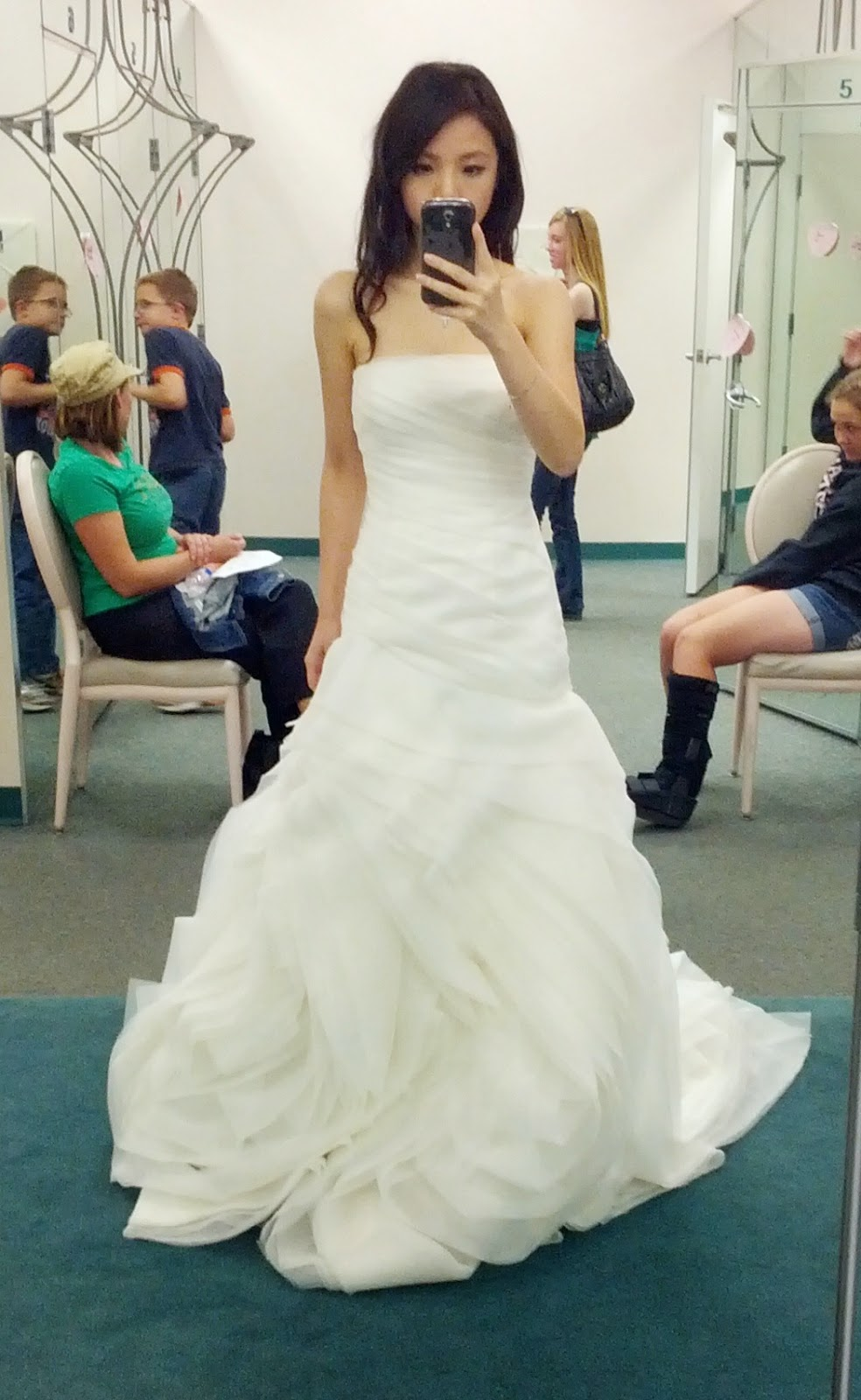 vera wang white wedding dress petite