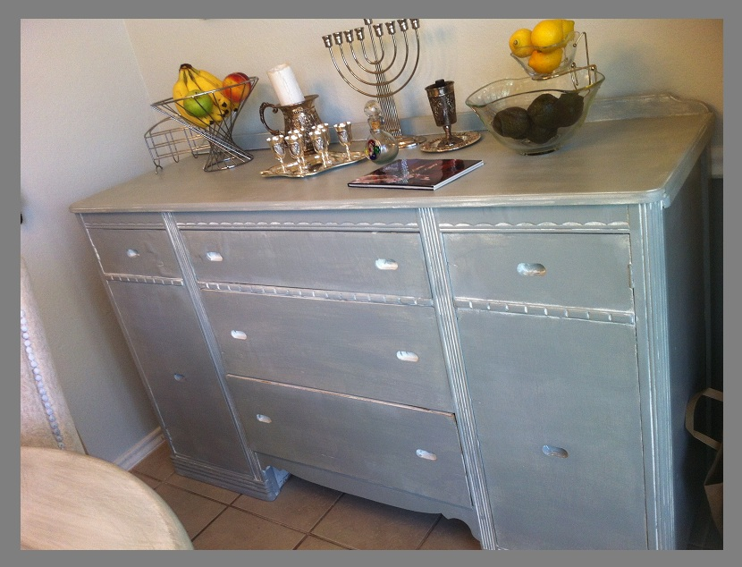 Simply paris kitchen remodel from retro cafe to cottage chic for Bleaching kitchen cabinets
