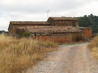 La Caseta d'en Fermí des del camí d'accés