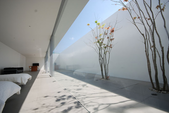 minimalist house by shinichi ogawa associates