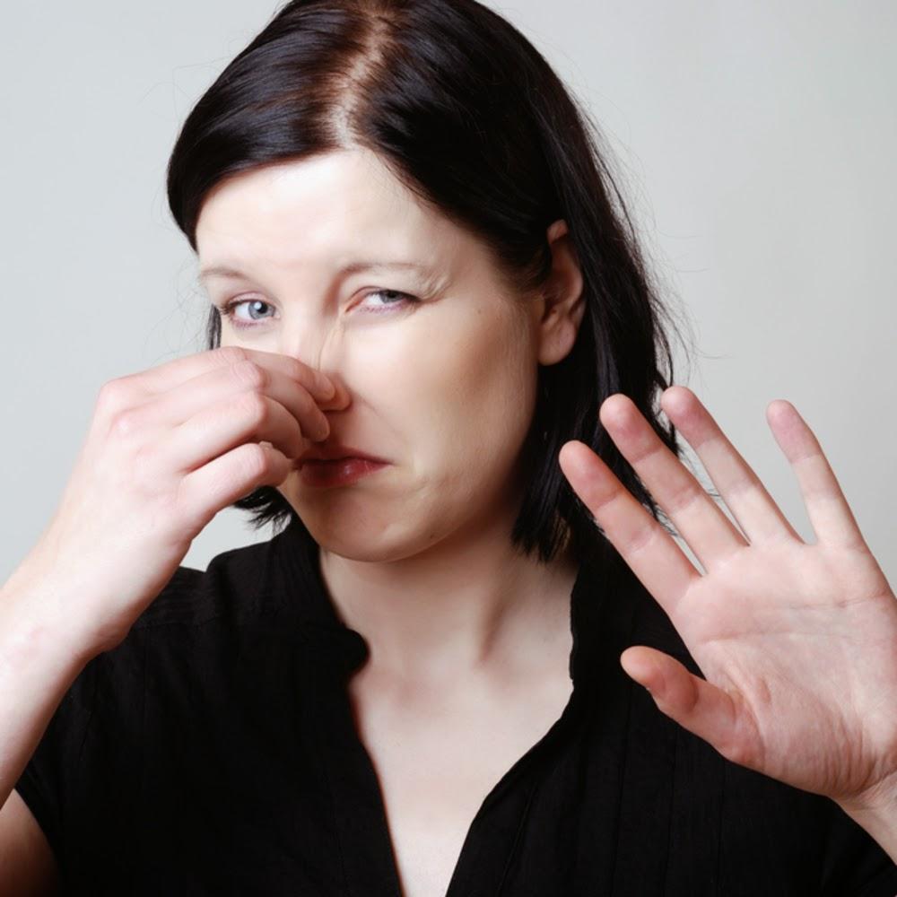 الأطعمة التي تسبب رائحة الجسم