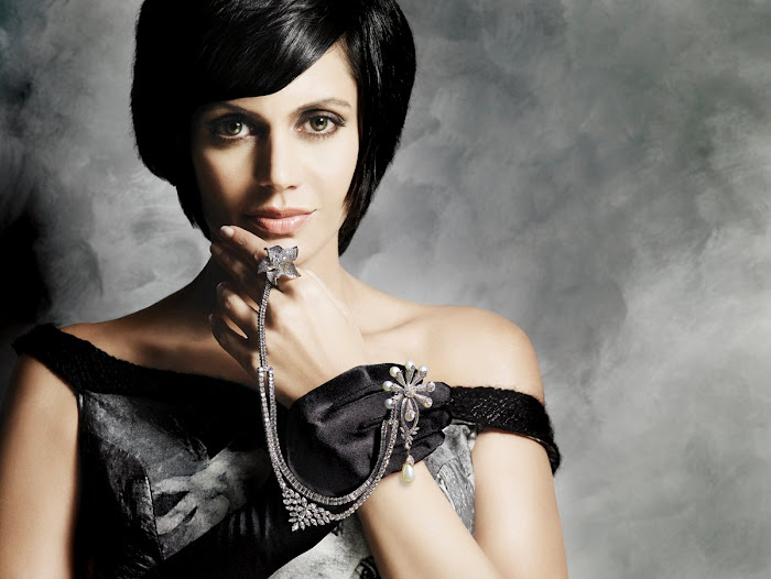 mandira bedi gaja jewellery ad shoot photo gallery
