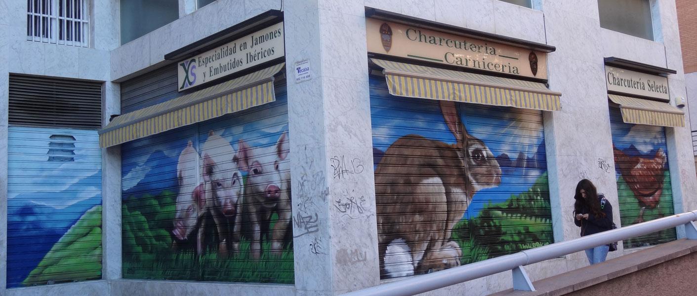 Berok graffiti mural profesional en barcelona charcuter a carnicer a persianas - Decoracion carnicerias ...