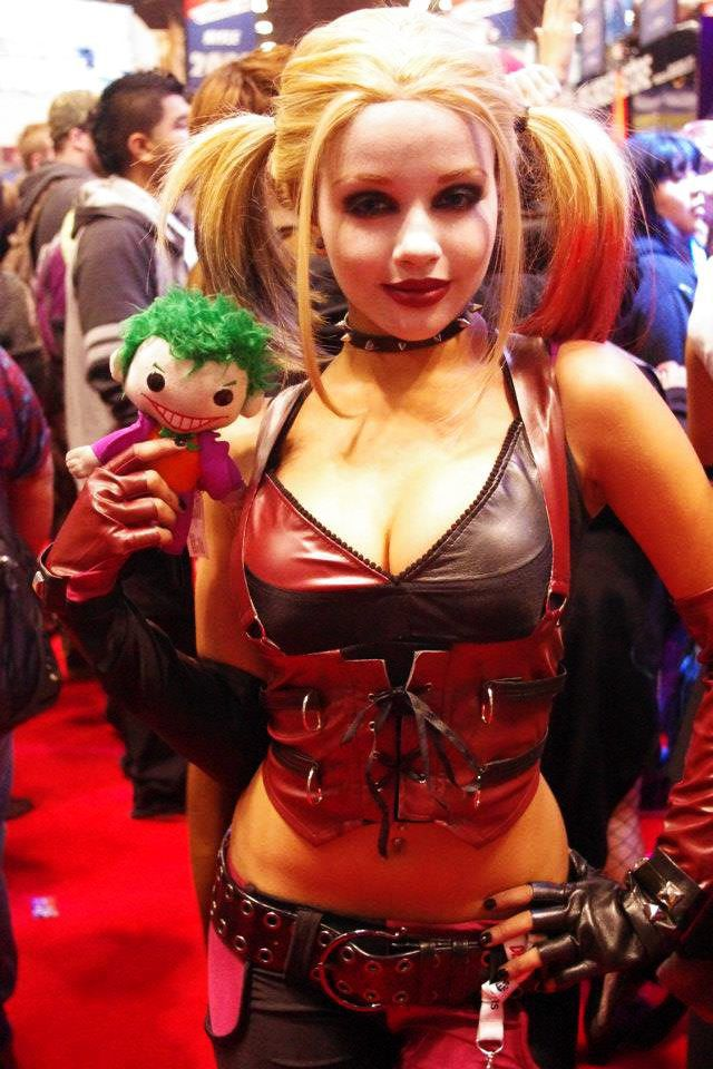 13 Very Attractive Female Cosplayers Of 2012