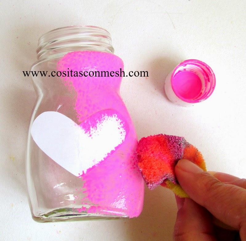 Manualidades frascos de vidrio reciclados con corazones ...