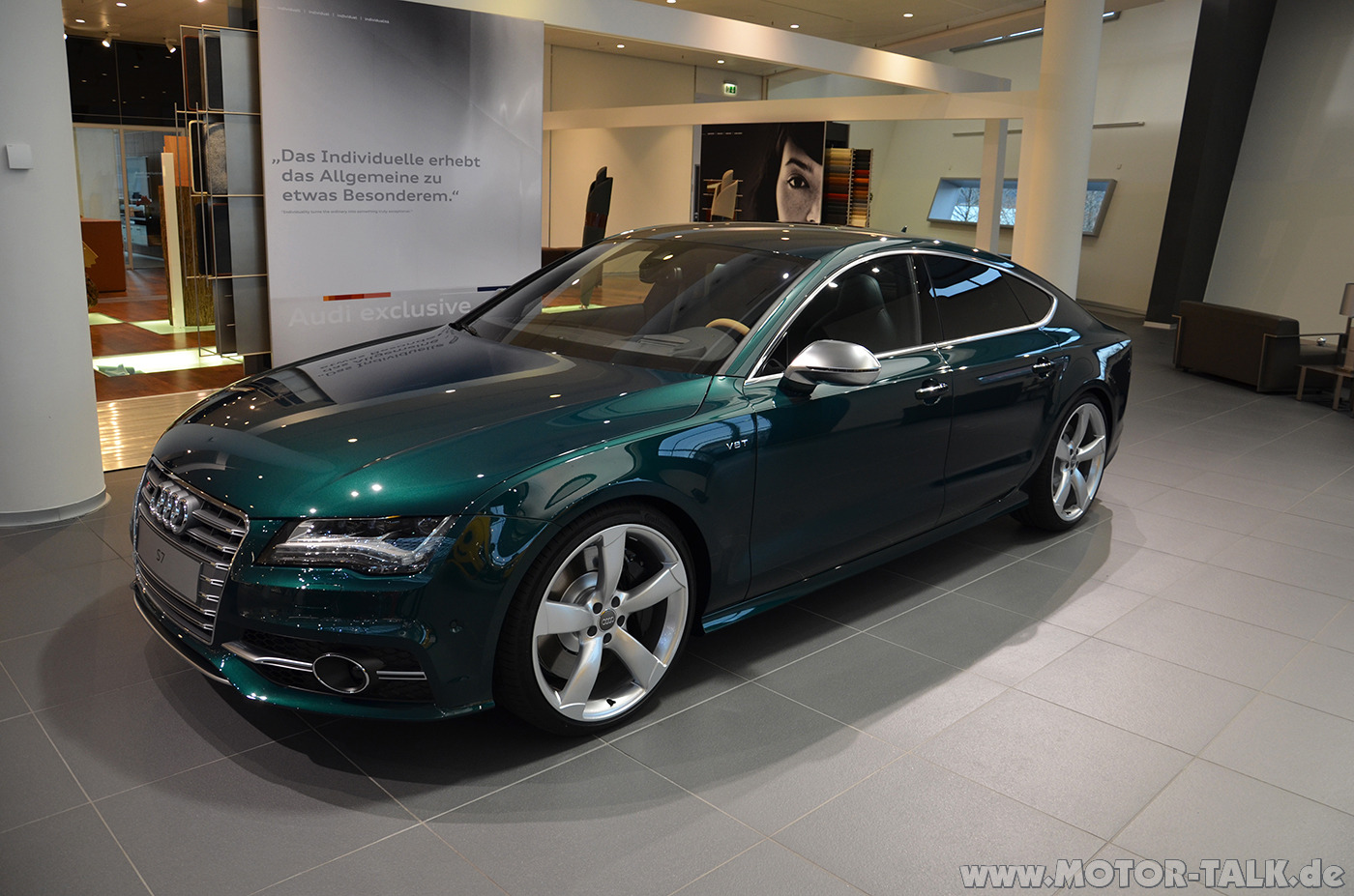 Audi+S7+in+Exclusive+Smaragdgr%C3%BCn+Pe