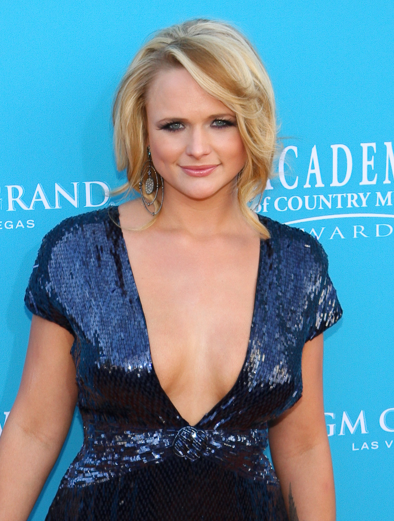 sexy miranda lambert pictures and photos down