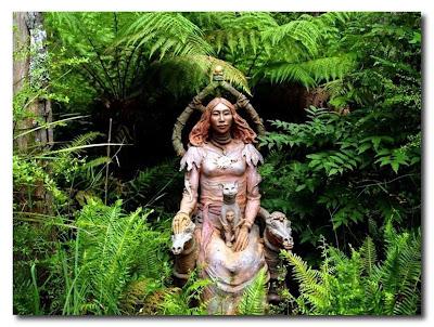 Las esculturas mágicas de Bruno Torfs - Marysville Australia - Jardín de esculturas20