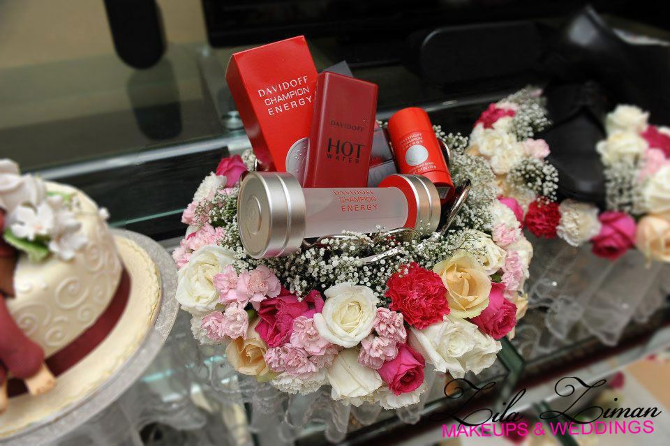 Hantaran decor {Blush Rush} Shades of Fuchsia + Peach + Ivory