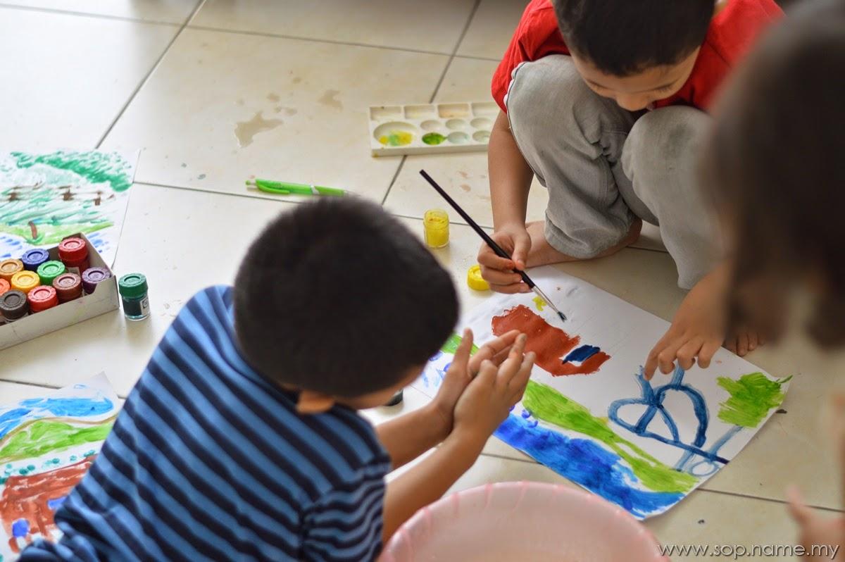 Aktiviti mewarna lukisan cat air