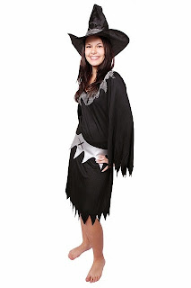 barefoot witch costume