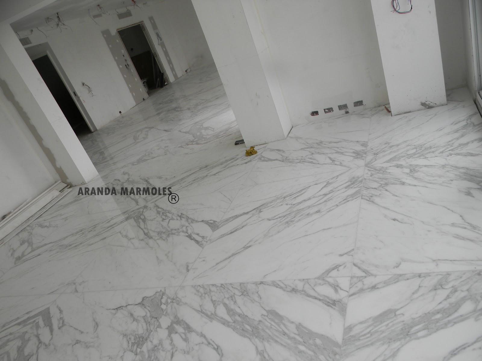 Puerto madero pisos en blanco estatuario aranda marmoles - Piso marmol blanco ...