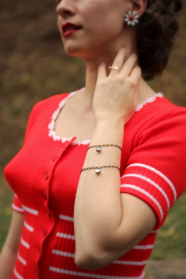 Pretty Antique Jewelry Details #vintage #fashion #antique #jewelry #1950s