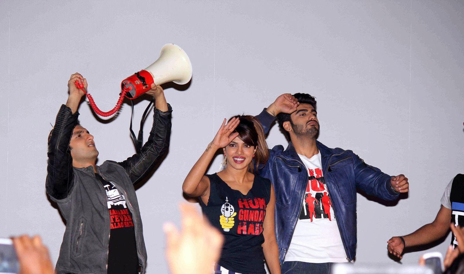http://3.bp.blogspot.com/-fJccTzx1Iyw/Uv8p8hz4BeI/AAAAAAAAkzQ/tAAvirLC3oo/s1600/Gunday+Movie+Team+Visit+Gaiety+Galaxy+For+Movie+Promotions+%252812%2529.jpg