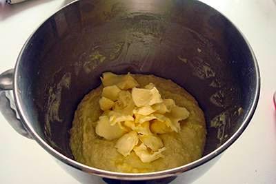 Pan brioche con gocce di cioccolato 4