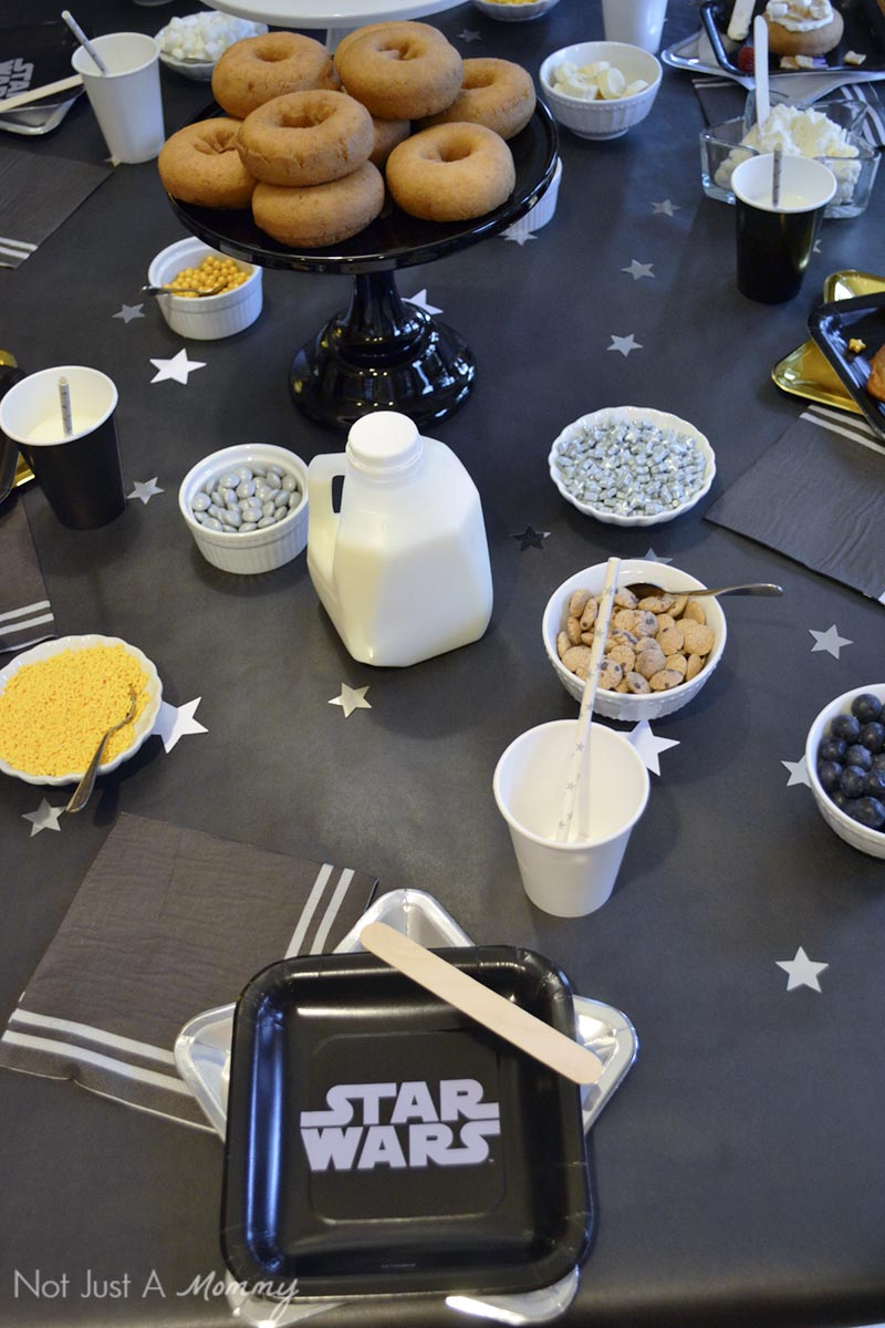 Star Wars Doughnut Decorating Brunch