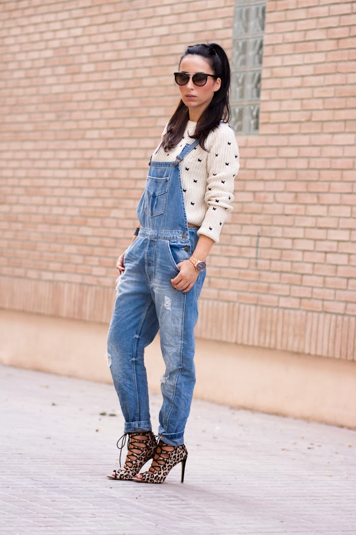 Streetstyle distressed denim dungaree Fashion Blog